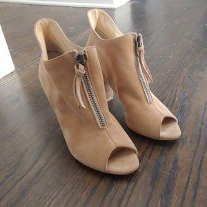 Paul Green Malory Peep Toe Booties, size 8